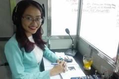 Daily rate (interpreter): Phiên dịch Cabin - 1 trong 2 PDV - Vanessa Chu