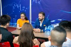 Taux demi-journée (interprète): Consecutive Interpreter in Hanoi (half-day rate)